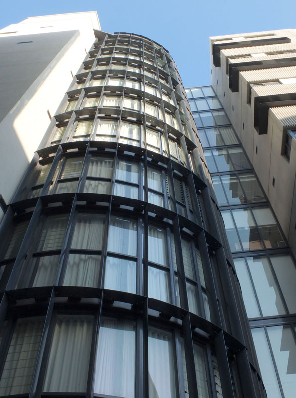 silo_facade_horizontal_eliptical_sunshades